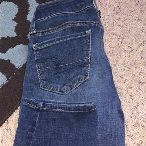 American eagle jeans size 2!